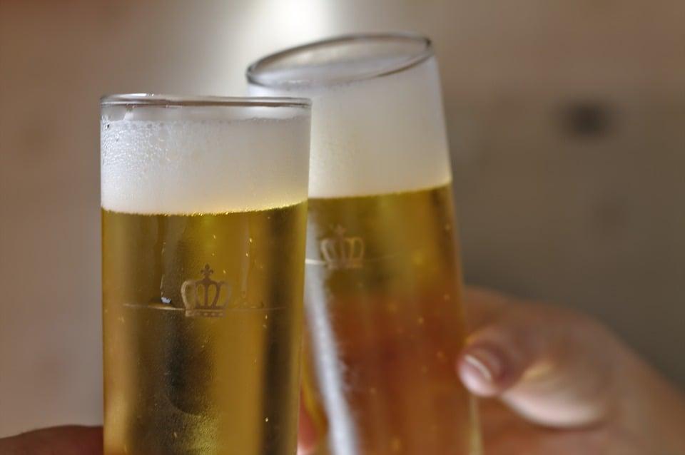 ビール_乾杯